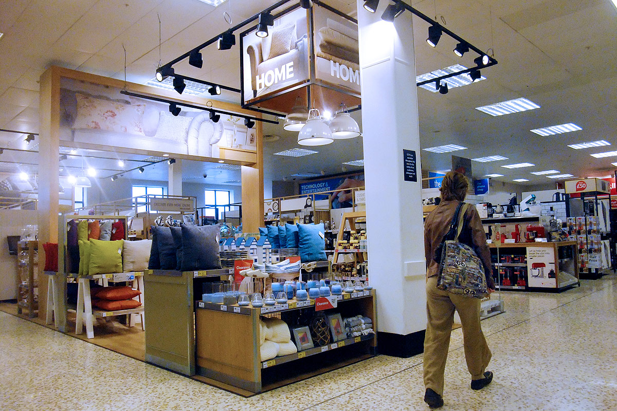 Supermarket store retail fit-out